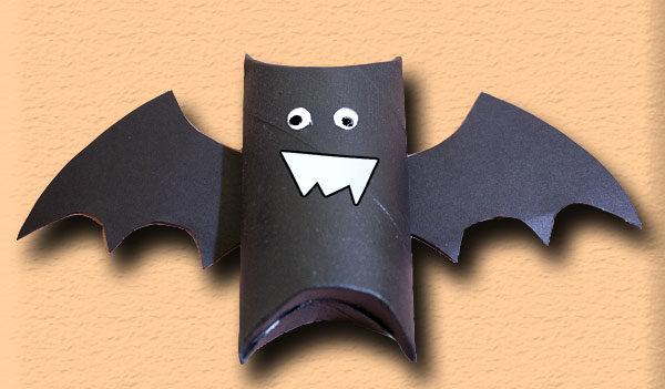 Trasformare I Rotoli Di Carta Igienica In Pipistrelli Idee Halloween